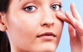 Почему появляется сухая кожа вокруг глаз: эффективные средства от шелушения