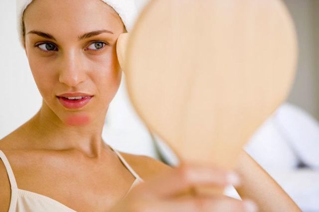 Сухая кожа подбородка – причины и что делать