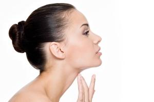 4 лучших упражнения от морщин на шее