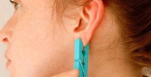 Заражение и воспаление места прокола уха – причины, фото, лечение