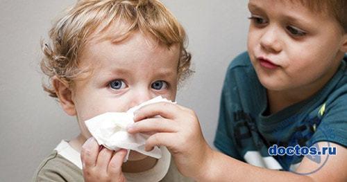 Как вылечить заложенный нос в домашних условиях