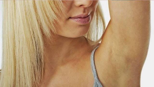 Припухлость в области подмышки – фото и причины