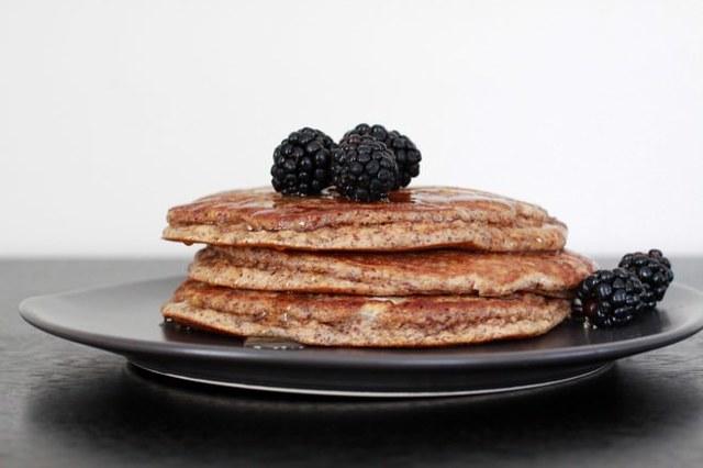 Оладьи для диабетиков 2 и 1 типа: рецепты из ржаной муки, на кефире, из кабачков, гречневой крупы, можно ли есть