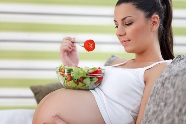 Финики при диабете 2 и 1 типа сахарном: можно или нет, польза и вред для организма при гестационном у беременных