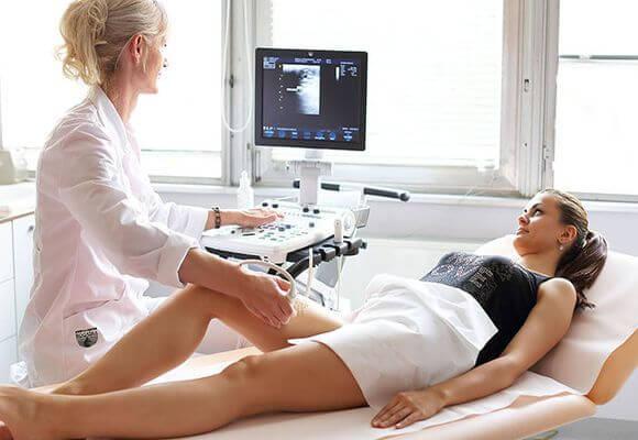 Как называется врач который лечит вены