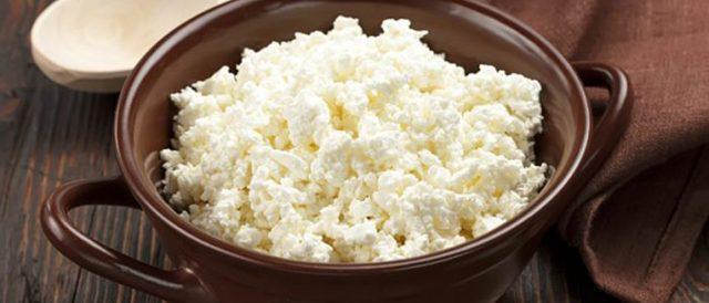 Творог при диабете сахарном 2 и 1 типа: можно ли есть обезжиренный, козий, запеканку, сырники, вареники. со сметаной