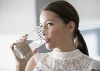 Сахарный диабет у женщин: признаки после 50, 30, 40, 60 лет, питание (диета), последствия, профилактика