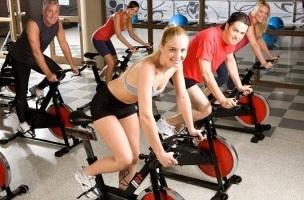 Тренажерный зал при варикозе ног: тренажеры (беговая дорожка, велосипед, элипс), программа тренировок (пресс, ноги, спина), фитнес, гимнастика